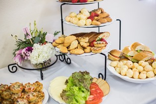 Start-a-Catering-Business-in-Ireland.jpg